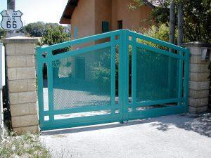 Portail-battant-Aluminium-vert-Vetraz-Monthoux