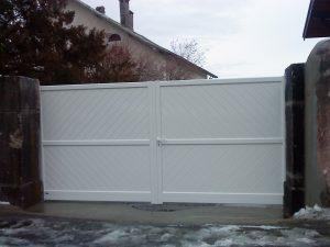 Portail-Battant-Aluminium-Blanc-Poisy