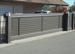 Portail-coulissant-Aluminium-gris-Bonneville