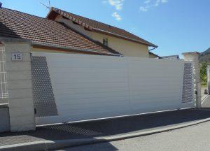 Portail-coulissant-Aluminium-Blanc-Reignier