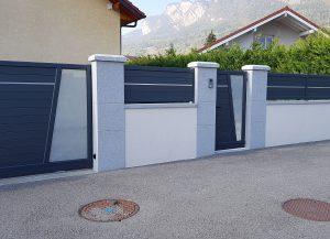 Portillon-clôture-portail-coulissant-Aluminium-gris-Annemasse