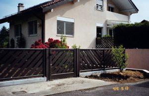 Portillon-clôture-Aluminium-ton-bois-Saint-Jorioz