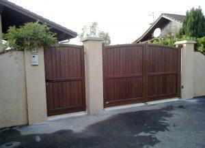 Portail-Battant-et-portillon-Aluminium-ton-bois-Ambilly