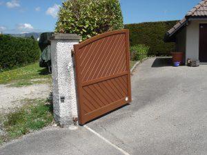 Portail-Battant-Aluminium-ton-bois-Epagny