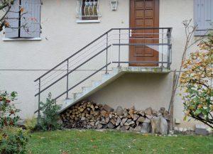 Rambarde-pour-escalier-Aluminium-deux-ronds-Inox-verre-clair-Choisy